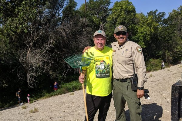 Volunteer Tom LaBonge and Chief Ranger Fernando Gomez