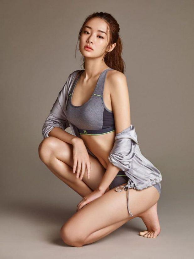 Bộ ảnh nội y đầy quyến rũ của người đẹp Stephanie Lee