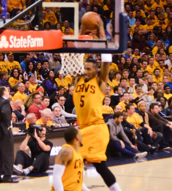 Cleveland Cavaliers J.R. Smith Dunking