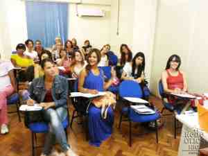 A group of trans women having classes a the project DAMAS