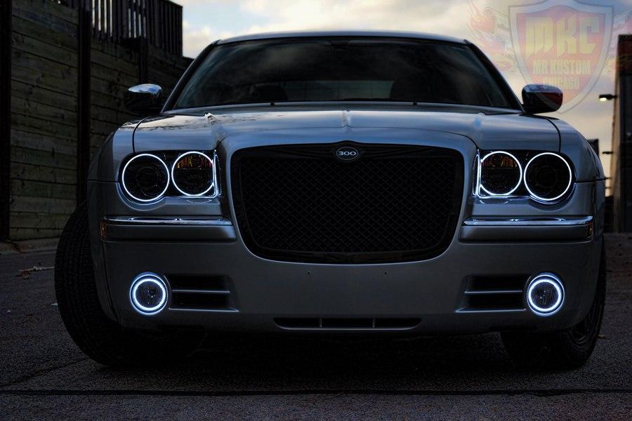 2005 Chrysler 300 White Halo Rings