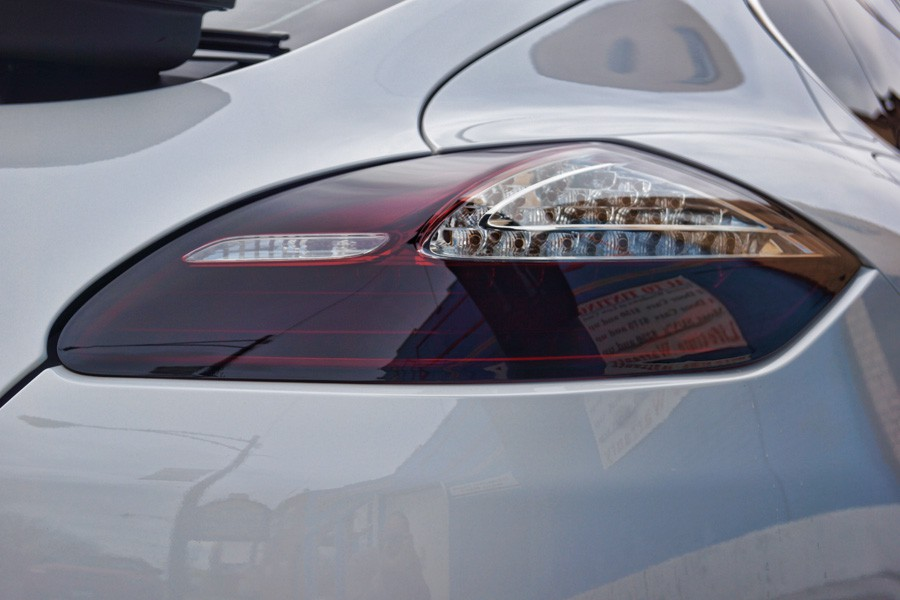 2010 Porsche Panamera Smoked Tail Light