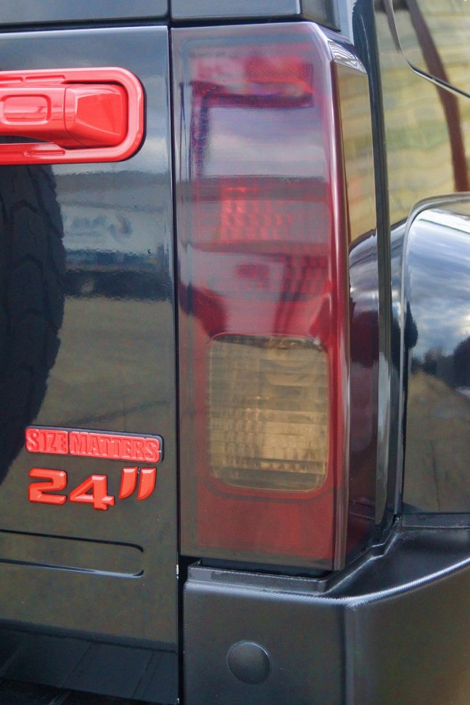 Hummer H3 Smoked Tail Lights