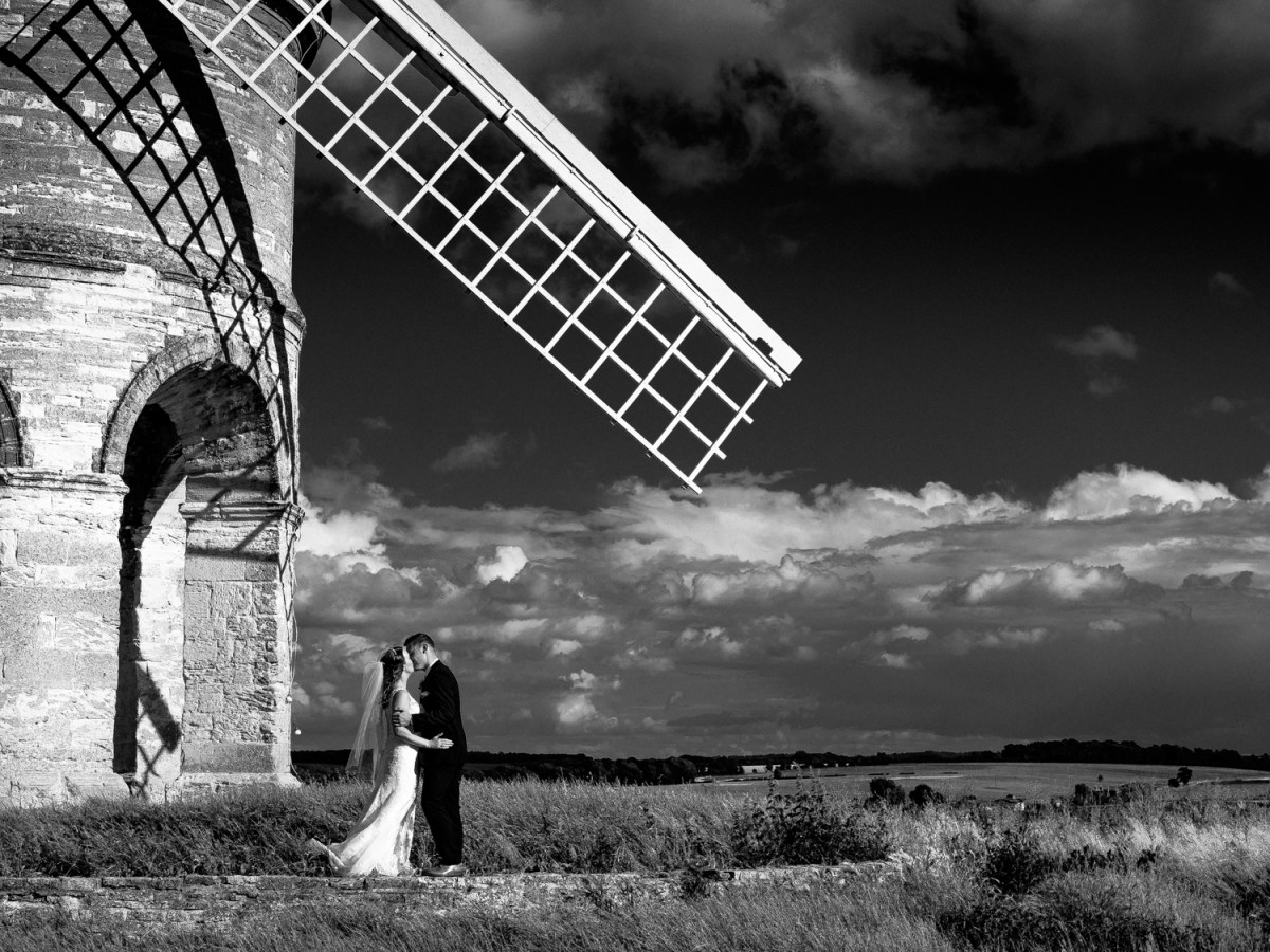 Wedding Photography Warwickshire – Chesterton Windmill