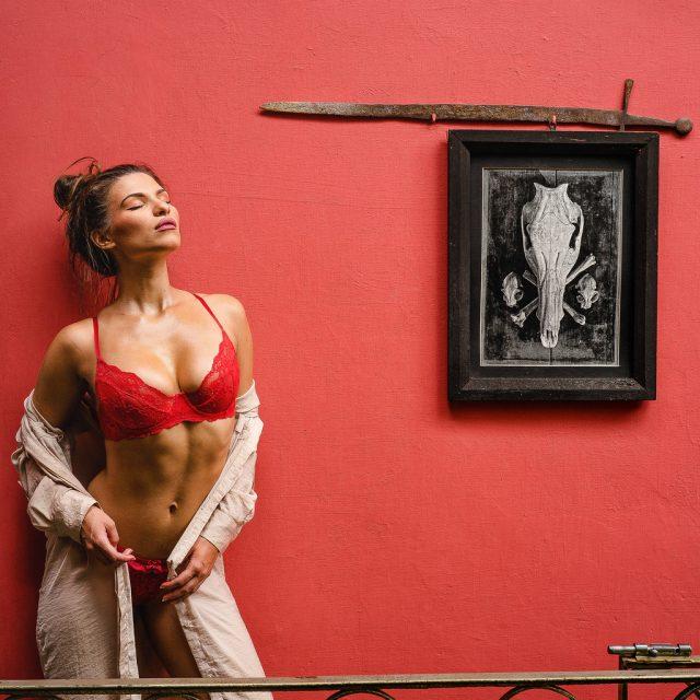 Leica vs Mamiya: Budapest Models
