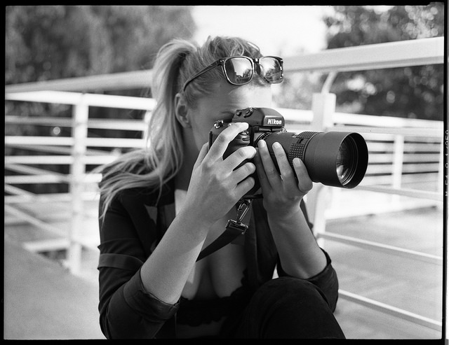 Nikon F5 Review - Girl with Nikon