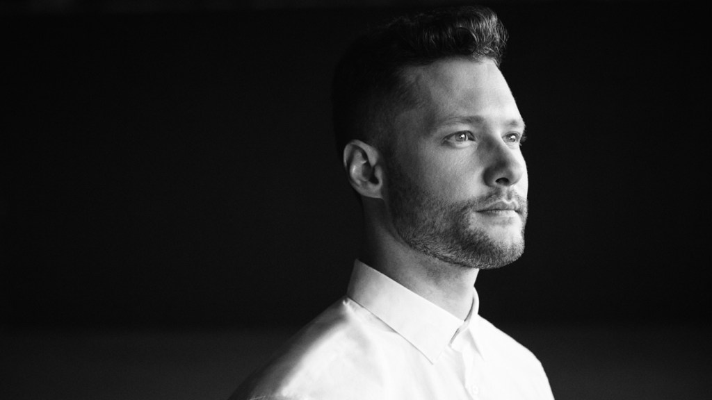 中文歌詞翻譯Calum Scott - You Are The Reason 1