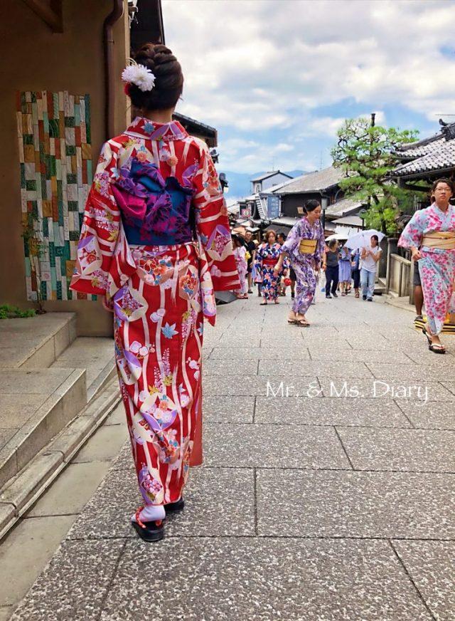 清水寺京小町和服初體驗,交通方便、中文可通的高CP值優質和服出租