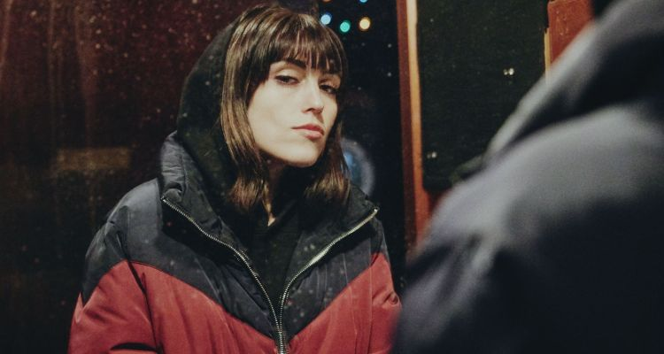 Sasha Sloan 第二張 EP Self Portrait 描繪出內心憂傷的故事,向粉絲分享最私密的心事