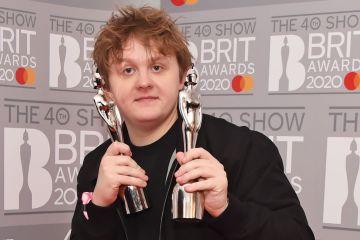 BRIT 全英音樂獎精華!Lewis Capaldi 成最大贏家,Billie Eilish 再下一城國際歌手!