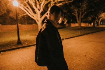 keshi 專訪:Lo-Fi 嘻哈與節奏藍調,躲在弛放節奏中的心碎王子