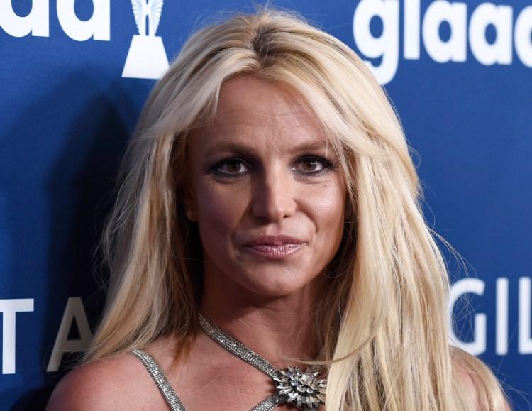 Britney Spears 將重獲自由?父親 Jamie Spears 呈交請願書欲終止小甜甜布蘭妮 13 年來的監護宣告! 7