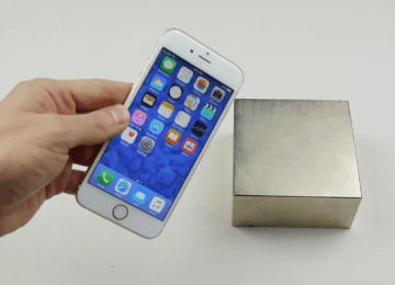 當iPhone6s遇上超大釹磁鐵意外發現會造成所有功能失常