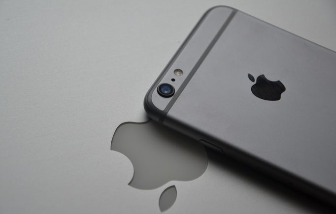 iphone7-Black Space-cover