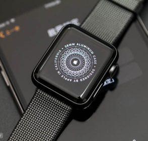 最新一代 Apple Watch Series 2 開箱與功能介紹!