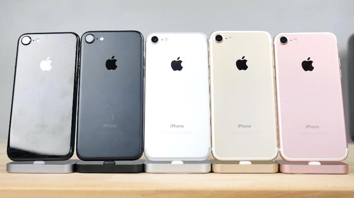 iphone-2g-vs-iphone-7-4