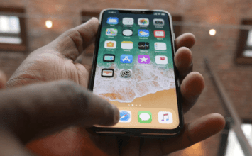 搶先看全球首支 iPhone X 完整開箱影片與各家媒體操控影片