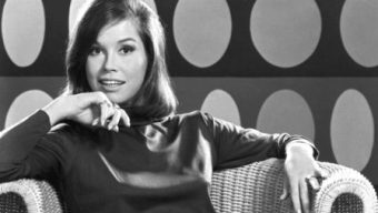 Mary Tyler Moore Passes Away at the Age of 80