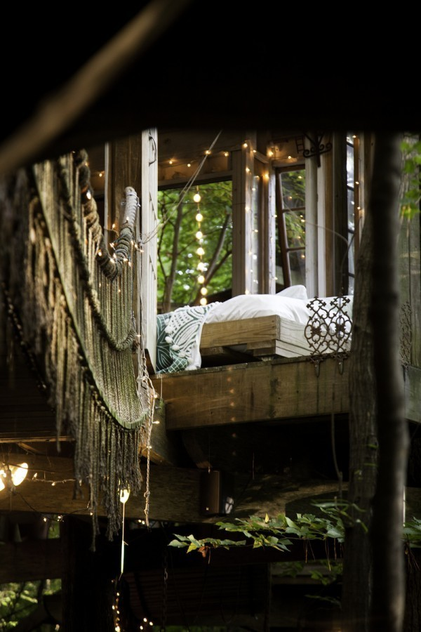 Peter_Bahouth_Treehouse_04-600x900