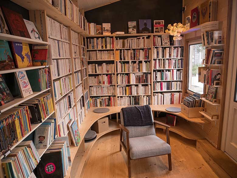 vendre et acheter des livres autrement c 39 est vital. Black Bedroom Furniture Sets. Home Design Ideas