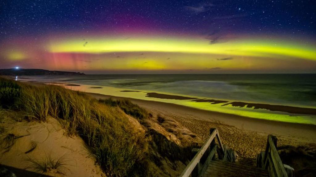 南極光~什麼!澳洲也看得到極光 Aurora Australis — 墨爾本 塔斯馬尼亞可遇不可求行程 – 墨爾本走跳夫妻 Travel ...