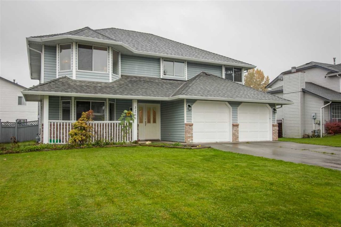Main Photo: 3266 264A Street in Langley: Aldergrove Langley House for sale : MLS®# R2328920