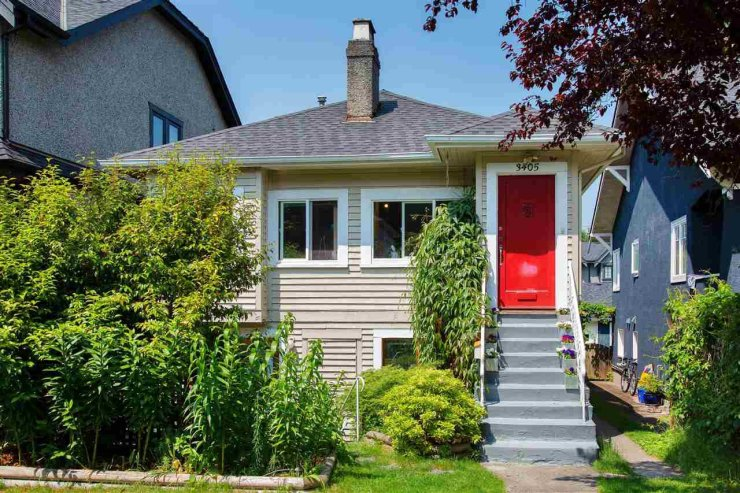 Main Photo: 3405 W 23RD Avenue in Vancouver: Dunbar House for sale (Vancouver West)  : MLS®# R2374845