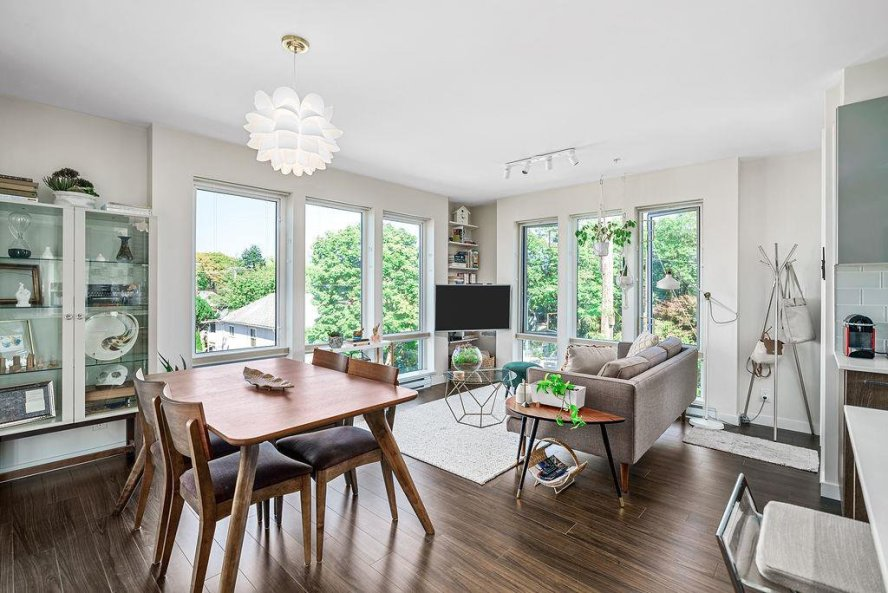 """Main Photo: 213 202 E 24TH Avenue in Vancouver: Main Condo for sale in """"Bluetree Homes on Main"""" (Vancouver East)  : MLS®# R2487814"""
