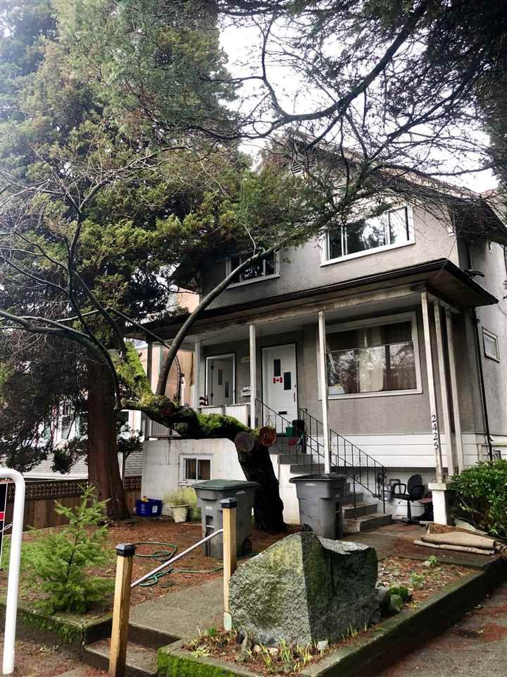 Main Photo: 2425 W 7TH Avenue in Vancouver: Kitsilano House for sale (Vancouver West)  : MLS®# R2329863