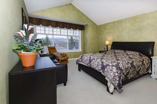 """Photo 14: 39 5201 OAKMOUNT Crescent in Burnaby: Oaklands Townhouse for sale in """"HARTLANDS"""" (Burnaby South)  : MLS®# R2515415"""