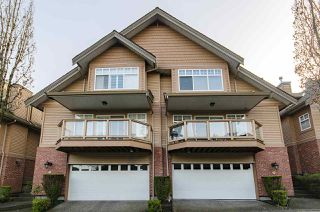 """Photo 1: 39 5201 OAKMOUNT Crescent in Burnaby: Oaklands Townhouse for sale in """"HARTLANDS"""" (Burnaby South)  : MLS®# R2515415"""