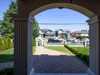 Photo 37: 6906 UNION Street in Burnaby: Sperling-Duthie House 1/2 Duplex for sale (Burnaby North)  : MLS®# R2484753