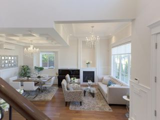 Photo 10: 6906 UNION Street in Burnaby: Sperling-Duthie House 1/2 Duplex for sale (Burnaby North)  : MLS®# R2484753