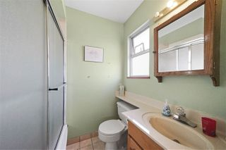 """Photo 16: 1670 E 57TH Avenue in Vancouver: Fraserview VE House for sale in """"FRASERVIEW"""" (Vancouver East)  : MLS®# R2528714"""