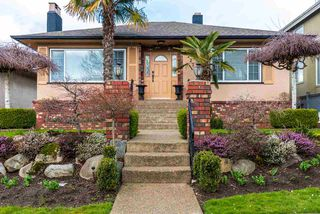 Photo 1: 3227 E 51ST Avenue in Vancouver: Killarney VE House for sale (Vancouver East)  : MLS®# R2444421