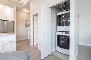 """Photo 15: TH1 1728 GILMORE Avenue in Burnaby: Willingdon Heights Townhouse for sale in """"ESCALA"""" (Burnaby North)  : MLS®# R2480300"""
