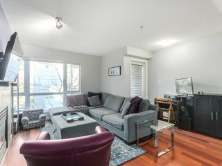 """Photo 3: 119 672 W 6TH Avenue in Vancouver: Fairview VW Townhouse for sale in """"BOHEMIA"""" (Vancouver West)  : MLS®# R2401186"""
