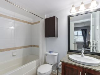 """Photo 17: 119 672 W 6TH Avenue in Vancouver: Fairview VW Townhouse for sale in """"BOHEMIA"""" (Vancouver West)  : MLS®# R2401186"""