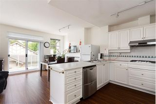 """Photo 15: 49 5221 OAKMOUNT Crescent in Burnaby: Oaklands Townhouse for sale in """"SEASONS BY THE LAKE"""" (Burnaby South)  : MLS®# R2480570"""