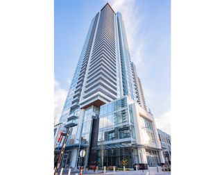 """Photo 5: 4709 4670 ASSEMBLY Way in Burnaby: Metrotown Condo for sale in """"STATION SQUARE 2"""" (Burnaby South)  : MLS®# R2336206"""