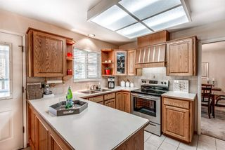 Photo 4: 6924 HYCREST Drive in Burnaby: Montecito House for sale (Burnaby North)  : MLS®# R2344391