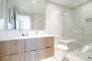 """Photo 11: 6601 MARLBOROUGH Avenue in Burnaby: Metrotown Townhouse for sale in """"MIDORI"""" (Burnaby South)  : MLS®# R2355425"""