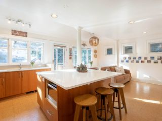 """Photo 7: 3920 W 20TH Avenue in Vancouver: Dunbar House for sale in """"DUNBAR"""" (Vancouver West)  : MLS®# R2349456"""