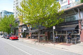"""Photo 18: 42 1088 MARINASIDE Crescent in Vancouver: Yaletown Condo for sale in """"QUAYSIDE MARINA"""" (Vancouver West)  : MLS®# R2376189"""