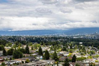 """Photo 11: 2004 6070 MCMURRAY Avenue in Burnaby: Forest Glen BS Condo for sale in """"La Mirage"""" (Burnaby South)  : MLS®# R2481769"""