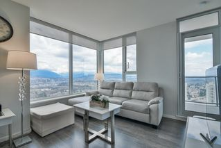 """Photo 5: 3901 5883 BARKER Avenue in Burnaby: Metrotown Condo for sale in """"ALDYANNE ON THE PARK"""" (Burnaby South)  : MLS®# R2348636"""