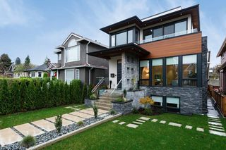 Photo 1: 2925 WATERLOO Street in Vancouver: Kitsilano House for sale (Vancouver West)  : MLS®# R2331638