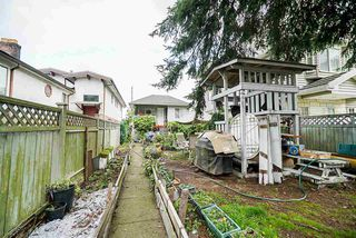 Photo 2: 2447 EAST 41ST Avenue in Vancouver: Collingwood VE House for sale (Vancouver East)  : MLS®# R2508167