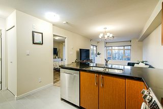 """Photo 5: 304 7337 MACPHERSON Avenue in Burnaby: Metrotown Condo for sale in """"CADENCE"""" (Burnaby South)  : MLS®# R2337902"""
