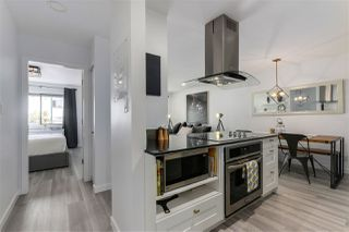 """Photo 8: 309 270 W 1ST Street in North Vancouver: Lower Lonsdale Condo for sale in """"Dorset Manor"""" : MLS®# R2304952"""